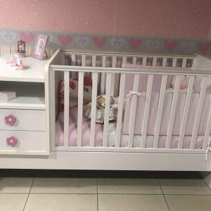 Βρεφικά Κρεβάτια -Συρταριέρες